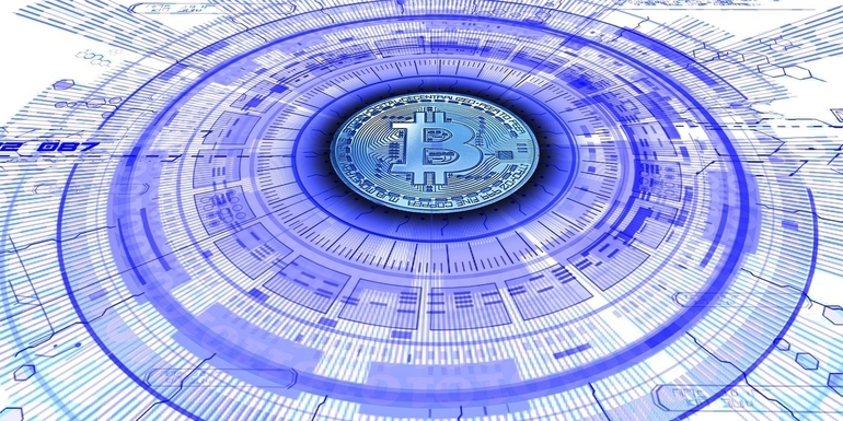 CFTC Commissioner Backs Bitcoin